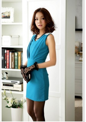 Elegantes Businesskleid in Blau mit Raffungen - bei VIP Dress günstig kaufen