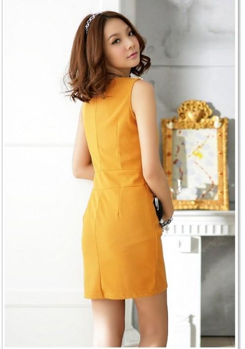 Elegantes Cocktailkleid in Gelb mit Raffungen - bei VIP Dress online bestellen