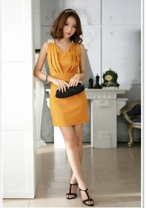 Elegantes Cocktailkleid in Gelb mit Raffungen - bei VIP Dress günstig kaufen