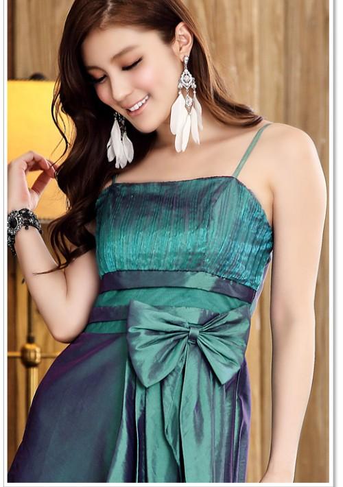 Langes Abendkleid in grünem Satin  - bei VIP Dress günstig kaufen