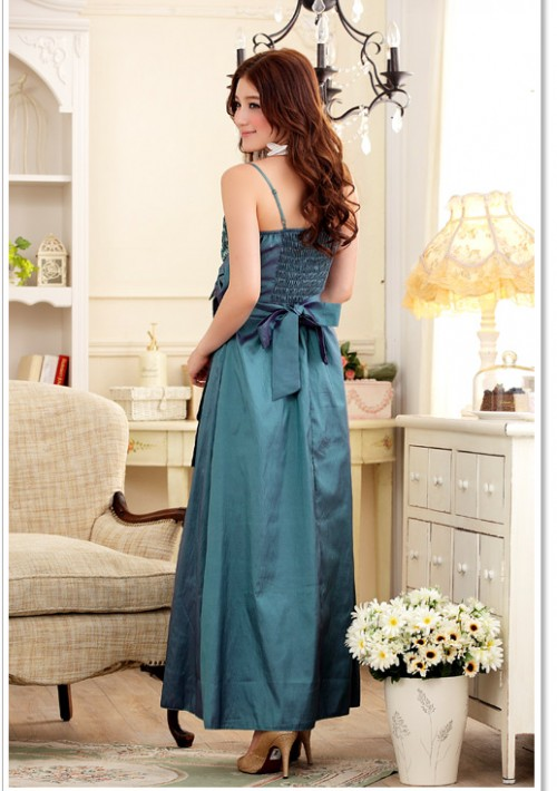 Glamour-Abendkleid in Grün - bei VIP Dress online bestellen