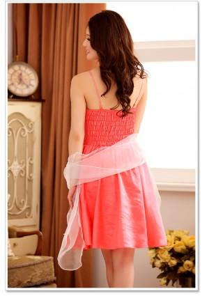 Abendkleid mit Glockenrock in rotem Satin - günstig bestellen bei VIP Dress