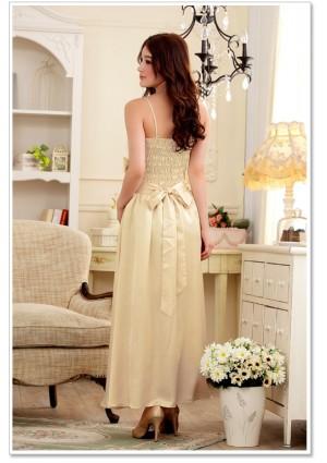 Satin Abendkleid in Beige mit einer Schleife - hier günstig online bestellen