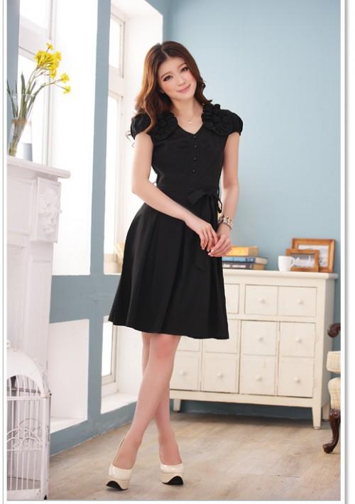 Schwarzes Abendkleid mit Vintage-Flair - online bestellen bei vipdress.de