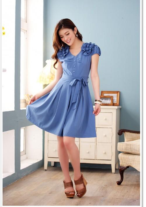 Blaues Abendkleid mit Esprit - hier günstig online bestellen