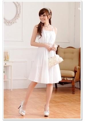Abendkleid in Weiß mit edel wirkenden Strassbesatz - bei VIP Dress online bestellen
