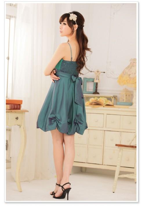 Ballonlook Abendkleid aus Satin in Grün - bei VIP Dress günstig kaufen
