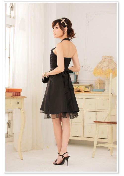 Schwarzes Satin Abendkleid mit Spitzen - bei VIP Dress günstig kaufen