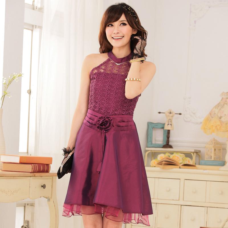 ... > Kleider > Abendkleider > Rosa Satin Abendkleid mit Spitzen