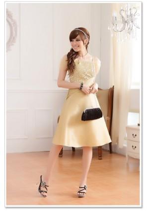 Beiges Abendkleid aus Satin - schnell und günstig bei VIP Dress