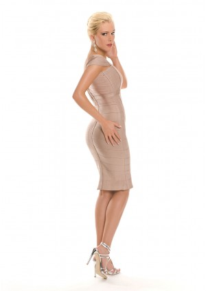 Bandagekleid in Beige mit eckigem Ausschnitt - günstig bestellen bei VIP Dress