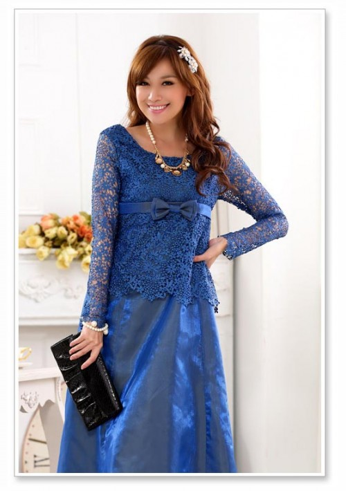Blaues Abendkleid aus Satin mit Spitze - schnell und günstig bei VIP Dress
