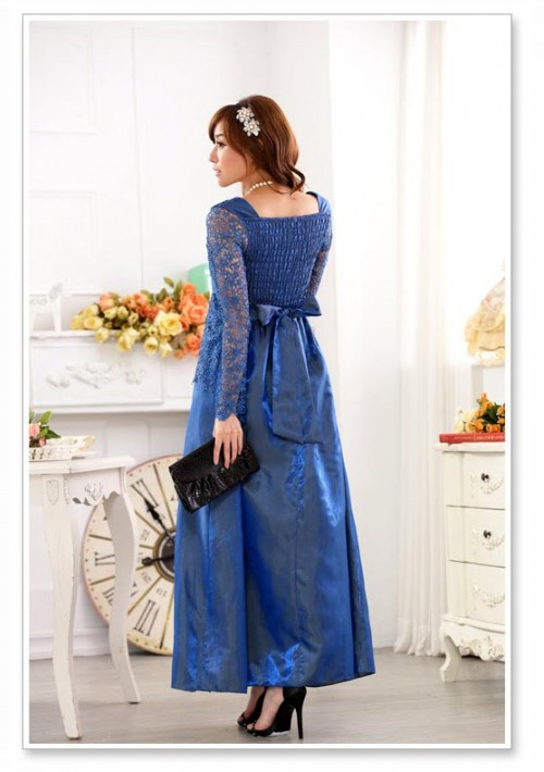 Blaues Abendkleid aus Satin mit Spitze - günstig bei VIP Dress