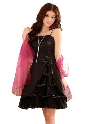Schwarzes Abiballkleid mit Tüllgewebe und Lagenlook -