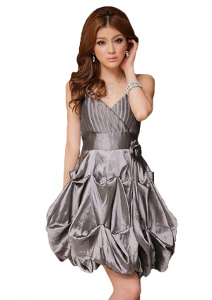 Silber Ballkleid im Ballon-Look und mit Taillenband - <br /> <b>Notice</b>:  Undefined index: altTail in <b>/home/vipdress/public_html/tools/smarty/compile/3a21d04bf1b909ed03be781795539a91ac65494e.file.product.tpl.php</b> on line <b>264</b><br />