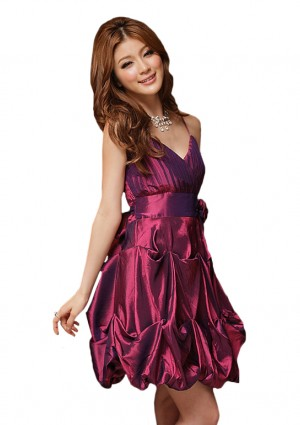 Stilvolles Ballon-Cocktailkleid in modischem Lila -