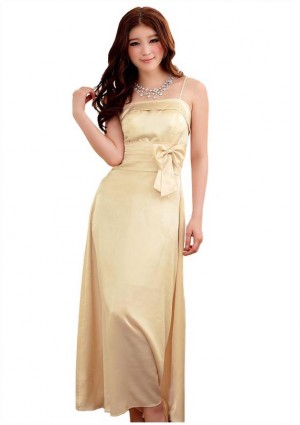 Satin Abendkleid in Beige mit einer Schleife - <br /> <b>Notice</b>:  Undefined index: altTail in <b>/home/vipdress/public_html/tools/smarty/compile/3a21d04bf1b909ed03be781795539a91ac65494e.file.product.tpl.php</b> on line <b>264</b><br />