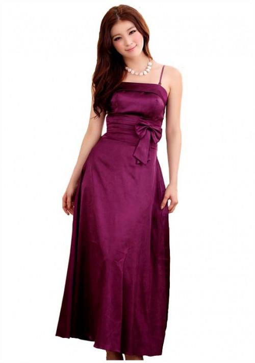 Stilvoll geschnittenes Abendkleid in Lila - günstig bei VIP Dress