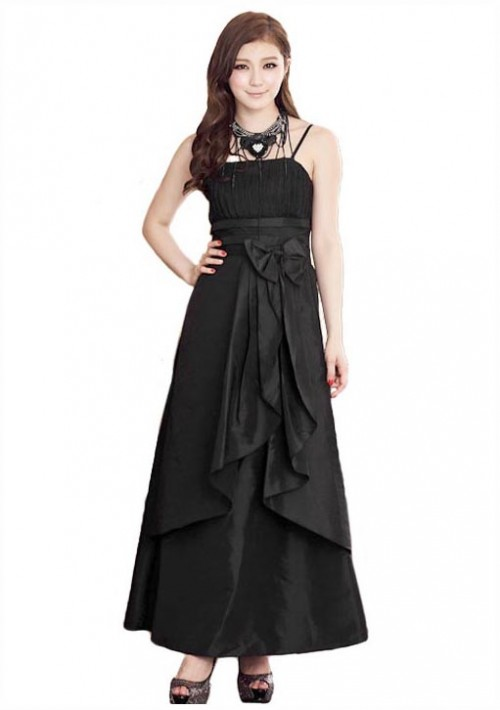 Satin Abendkleid in langem Design in Schwarz - bei VIP Dress online bestellen