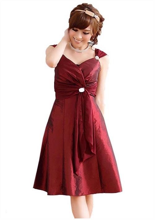cocktailkleid in rot mit drapiertem oberteil online kaufen. Black Bedroom Furniture Sets. Home Design Ideas