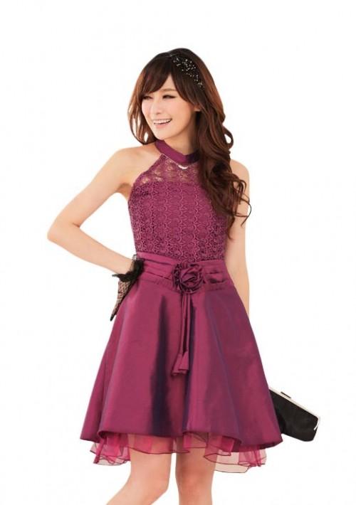 Abendkleid aus Spitze und elegantem Satin - bei vipdress.de günstig shoppen