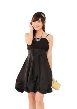 Ballonlook Abendkleid aus Satin in Schwarz -