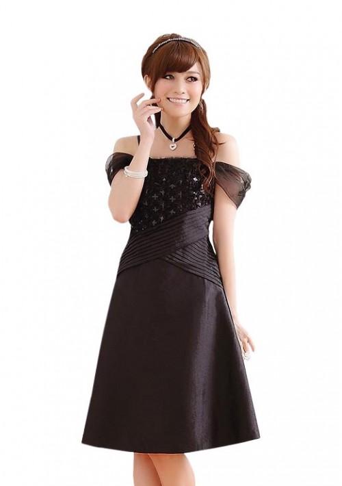 Schwarzes Satin Abendkleid im eleganten Look - günstig bei VIP Dress