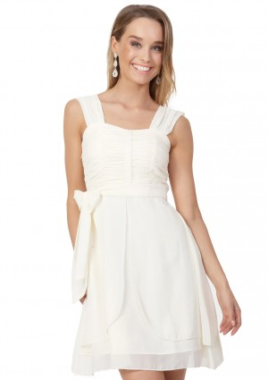 Cocktailkleid aus Chiffon in Creme - <br /> <b>Notice</b>:  Undefined index: altTail in <b>/home/vipdress/public_html/tools/smarty/compile/3a21d04bf1b909ed03be781795539a91ac65494e.file.product.tpl.php</b> on line <b>264</b><br />