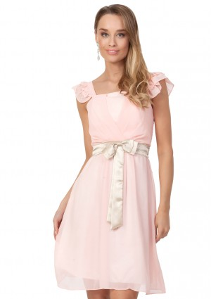 Cocktailkleid aus rosa Chiffon mit kontrastierender Schleife - <br /> <b>Notice</b>:  Undefined index: altTail in <b>/home/vipdress/public_html/tools/smarty/compile/3a21d04bf1b909ed03be781795539a91ac65494e.file.product.tpl.php</b> on line <b>264</b><br />