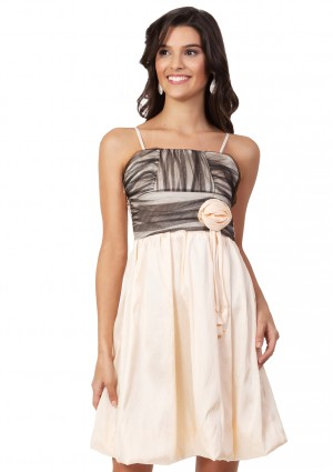 Satin-Cocktailkleid mit Ballonrock in Beige -