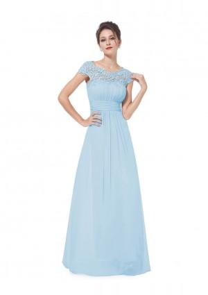 Traumhaftes langes Abendkleid mit edler Spitze in Hellblau -