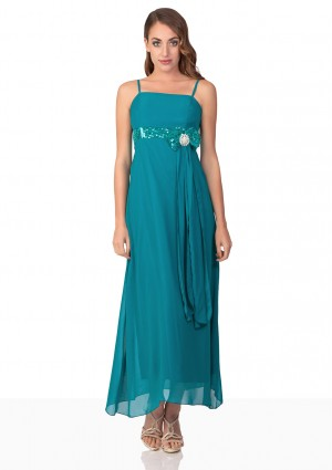 Abendkleid in Türkis mit Tüll, Satin und Paillettenschleife  - <br /> <b>Notice</b>:  Undefined index: altTail in <b>/home/vipdress/public_html/tools/smarty/compile/3a21d04bf1b909ed03be781795539a91ac65494e.file.product.tpl.php</b> on line <b>264</b><br />