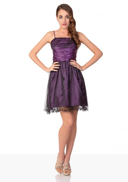 Abiball-Kleid mit verspieltem Look in Lila - hier günstig online bestellen