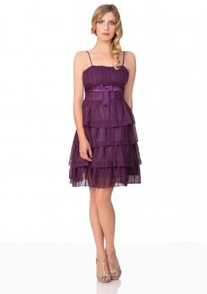 Lila Tanzkleid mit Faltenzierde und Stufenrock - bei vipdress.de günstig shoppen