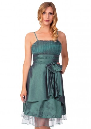 Cocktailkleid in Grün mit Satin und Tüll  - <br /> <b>Notice</b>:  Undefined index: altTail in <b>/home/vipdress/public_html/tools/smarty/compile/3a21d04bf1b909ed03be781795539a91ac65494e.file.product.tpl.php</b> on line <b>264</b><br />