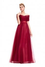 Schulterfreies, langes Abendkleid in Rot mit kurzen Ärmeln