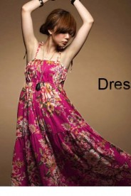 Sommerliches, langes Kleid im Flower-Power-Look