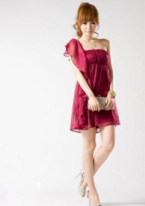 Chiffonkleid mit Volant und One-Shoulder-Schnitt in Rot - online bestellen bei vipdress.de