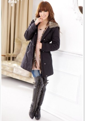 Moderner Damenmantel in Schwarz - bei VIP Dress online bestellen