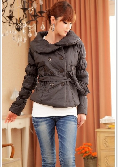 Trendige Damenjacke in Schwarz mit passendem Taillengürtel - online bestellen bei vipdress.de