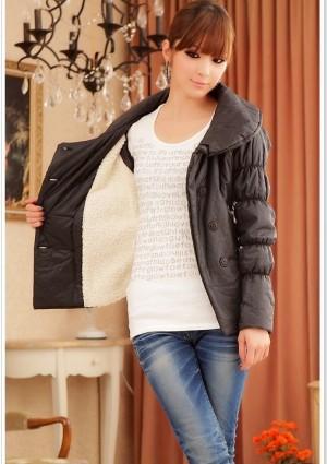 Trendige Damenjacke in Schwarz mit passendem Taillengürtel - bei vipdress.de günstig shoppen