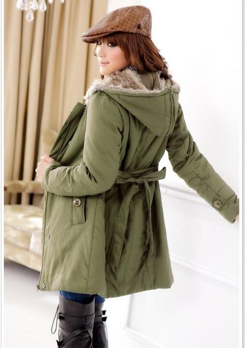 Schicker Mantel für Damen Grün - bei VIP Dress online bestellen