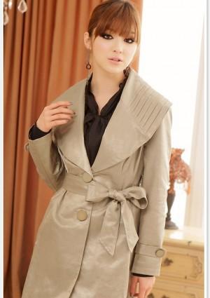 Schicker Trenchcoat in Khaki für Damen - hier günstig online bestellen