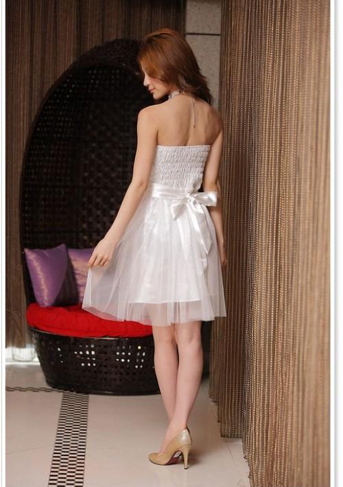 Abiballkleid in Weiß mit Tüll und Stickblumen - bei VIP Dress günstig kaufen