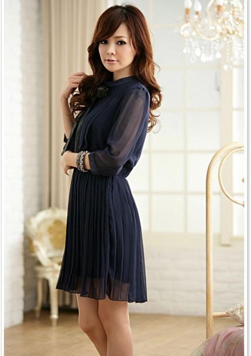 Edles Chiffon Minikleid mit Halsband in Blau - bei VIP Dress online bestellen