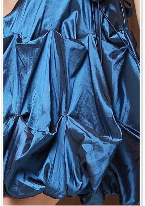 Cocktailkleid mit Ballonrock in Blau - bei VIP Dress günstig kaufen