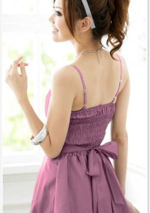 Satin-Abendkleid mit Ballonrock und Blüte in Lila  - bei VIP Dress online bestellen