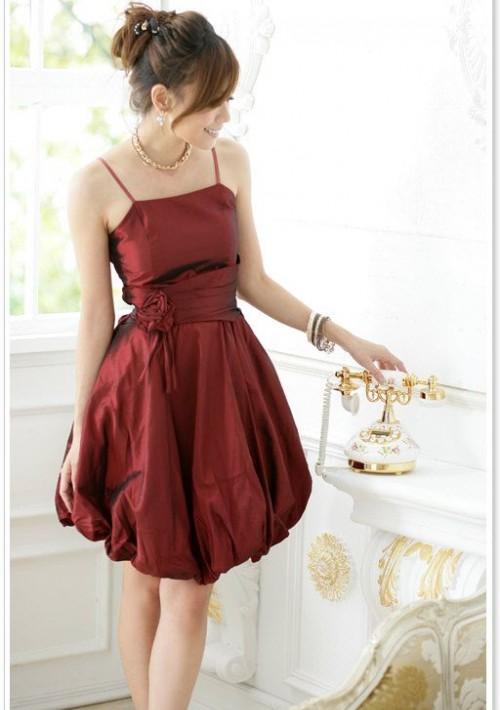 Rotes Abendkleid im Ballonschnitt  - günstig bestellen bei VIP Dress