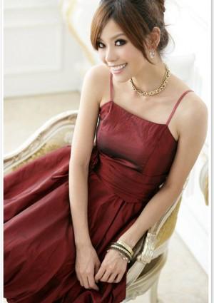 Rotes Abendkleid im Ballonschnitt  - bei vipdress.de günstig shoppen