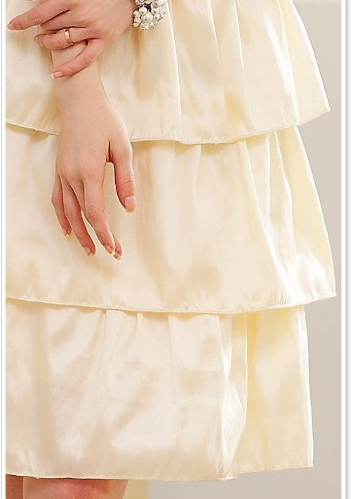 Satin Abendkleid im Stufenlook in Beige - bei VIP Dress online bestellen
